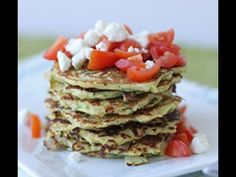 Spaghetti Squash and Zucchini Pancakes with Goat Cheese and Tomato.savory pancakes are great for dinner.and this is packed with veggies-that normally wouldn't be a hit as their true selves. Zucchini Pancakes, Savory Pancakes, Organic Food Delivery, Courge Spaghetti, Spaghetti Squash Recipes, Dinner Is Served, Organic Recipes, Vegetarian Recipes