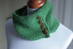 Chunky Alpaca Cowl by Elizabeth Smith - free pattern on Ravelry - The Brown Stitch