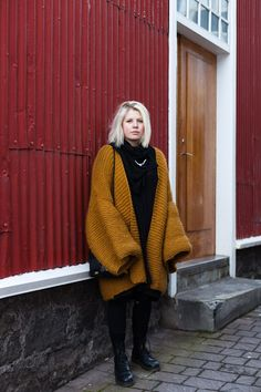 """Stay warm, be cool. Oh, the knit! And understated necklace. And the hair. And the skin. And I could go on and on."" Reykjavik: This sweater looks super cozy - Reykjavík Street style >>"