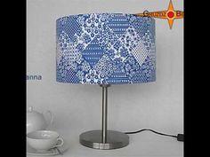 """Lampen-Set """"Susanna"""". Blau-weisses Patchworkdesign mit floralem Muster: Die Pendelleuchte SUSANNA mit passendem Baldachin und Diffusor ist aus originalem Retrostoff der 70er Jahre hergestellt. Wunderschönes Patchworkdesign mit Prilblumen Muster."""