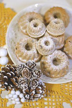 Joko, Yummy Cakes, Bagel, Macarons, Doughnut, Bread, Desserts, Tailgate Desserts, Deserts