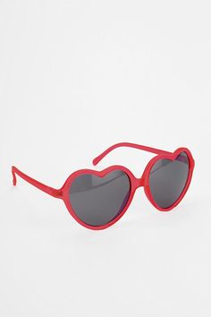 UO Sweetheart Sunglasses- Love them in the Rainbow color
