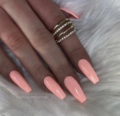 Best Nail Polish Colors of 2020 for a Trendy Manicure Glamour Nails, Classy Nails, Stylish Nails, Aycrlic Nails, Pink Nails, Hair And Nails, Dream Nails, Love Nails, Pretty Nails