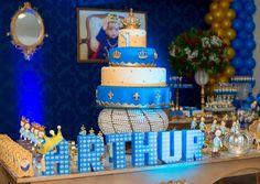 Inspirações maravilhosas, vem ver as ideias para Festa Príncipe Arthur, várias dicas para você arrasar na festa com o tema, clique e confira!