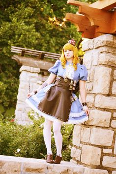 Steampunk Alice Cosplay http://geekxgirls.com/article.php?ID=2715