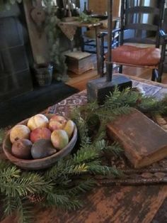 Primitive Christmas decor...