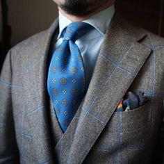 "Wedding Suits maidoookini: ""Goooo morning My favorite suit "" Mens Fashion Blog, Mens Fashion Suits, Mens Suits, Men's Fashion, Fashion Styles, Modern Gentleman, Gentleman Style, Dapper Gentleman, Sharp Dressed Man"