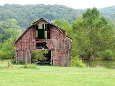 I brake for old barns.