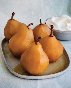 Chai & Whiskey Poached Pears from Sweet Paul Pear Dessert Recipes, Pear Recipes, Fruit Recipes, Gourmet Recipes, Delicious Desserts, Fruit Dessert, Gourmet Desserts, Gourmet Foods, Jelly Recipes