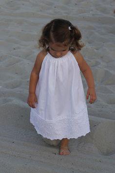 that's sew life: Beach Pillow Case Dress