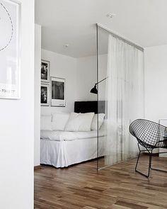 Awesome 65 Smart Studio Apartment Decor Ideas on A Budget #apartment #decorating #ideas #studioapartment