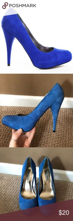 Steve Madden Trinitie Blue Suede Pump Gently worn Steve Madden blue suede heels 4 1/2 inch heel Steve Madden Shoes Heels