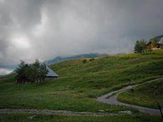 Randonnée dans les Alpes : 3 jours en montagne pour se dépasser Country Roads, Alps, Mountain
