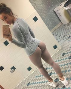 sexy pear hips : Photo