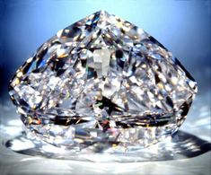 If we could say there is one perfect diamond in the world, it might be the Centenary diamond. This large 273.85 carat diamond has the highest diamond clarity grade: flawless. The Centenary diamond combines this flawless clarity grade with a color grade of D, which means it's perfectly colorless as well. Making it one of the most impressive stones in the world.