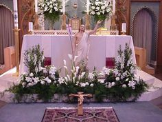 easter floral arrangements in the catholic church Easter Altar Decorations, Church Wedding Decorations, Flower Decorations, Craft Decorations, Easter Decor, Church Wedding Flowers, Altar Flowers, Easter Flower Arrangements, Floral Arrangements