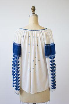 Romania embroidery blouse