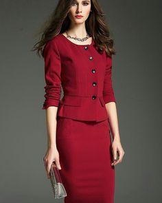 """SeuGuardaRoupa on Instagram: """"Para valores, pedidos e orçamentos contate:  Insaia Modas @insaia_modas (73) 9 9111 2991 Closet MV @closet_m.v (51) 9 8220 5428"""" Dress Outfits, Fashion Dresses, Suits For Women, Clothes For Women, Elegant Dresses, Formal Dresses, Peplum Dress, Bodycon Dress, Classy Work Outfits"""