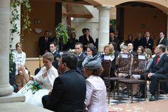 La emoción fue una de las claves de la ceremonia. #boda #ceremonia