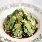 Jamie Oliver: broccoli with soy and ginger - recipe - okoko recipes make delicious recipes. Eat in t Jamie Oliver, Healthy Summer Recipes, Healthy Salad Recipes, Easy Chicken Recipes, Asian Recipes, Steamed Broccoli Recipes, Cauliflower Recipes, Vegan, Food Inspiration