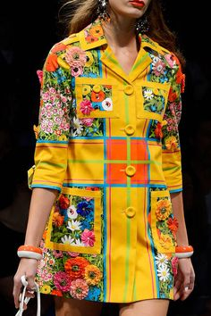 Moschino Spring 2013 Ready-to-Wear Detail