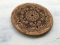 This heat placemat is made from cork with a mandala etching. Size - D Graphic Design Projects, Placemat, Cork, Mandala, Corks, Coloring Pages Mandala, Mandalas