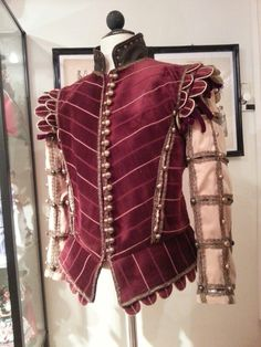 Elizabethan men's doublet,  red and gold velvet, slashed sleeves, silk brocade lining and 84 buttons! Made by Angela Mombers.