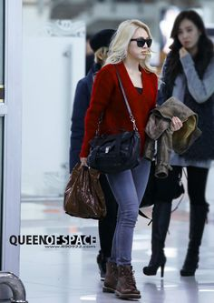 Hyoyeon ; cool airport fashion