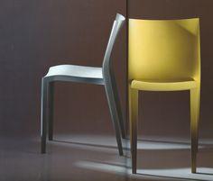 chaises empilables, SLICK SLICK  Ph. Starck