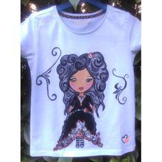 Ya podéis disfrutar de Priscila, nuestra nueva muñeca en camisetas pintadas a mano, manga corta o larga, como prefieras. Pedidos en la tienda on line www.talentox2moda.com #camisetasbonitas #camisetaspintadas #muñequitas #nuevascamisetas #modaotoño #modainvierno #talentox2modacamisetas #camisetaspintadasamano