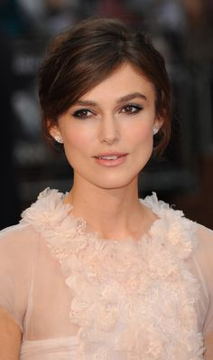 """""""I got to kiss Orlando Bloom.""""   21 Times Keira Knightley Made Your Jaw Drop"""