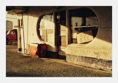 Wiliam Eggleston, The Orange Truck.