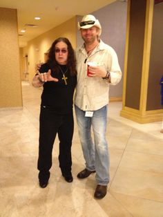 A little bit of country, and a little bit of rock and roll with ozzy and toby @ sunburst convention 2013