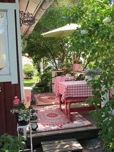 cosy outdoor space