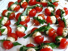 caprese appetizer skewers – cherry tomatoes, mozzerella and basil recipe | mini delights
