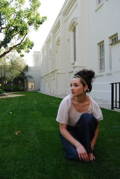 Crystal Reed hair style ..love it <3