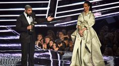 Drake's attempt to kiss Rihanna at the VMAs didn't work work work work work Image: miachel loccisana/getty/mtv  By Tricia Gilbride2016-08-29 04:37:26 UTC  It was the night of the 2016 VMAs and to Drake that could only mean one thing  time to worship Rihanna just like every other night.  He stayed hidden all night  despite winning an award for Hotline Bling the biggest video of his career  until it was time to present Rihanna with the Video Vanguard award.  She is someone I have been in love…