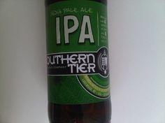 Cerveja Southern Tier IPA, estilo India Pale Ale (IPA), produzida por Southerntier Brewing, Estados Unidos. 7.3% ABV de álcool.