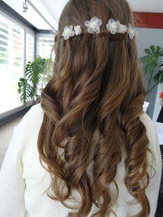 1st Communion - may 2012. perfecto para el pelo de isa