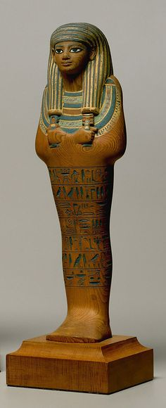 Painted cedar wood Shabti of Yuya. Reign of Amenhotep III, 1390-1352 BCE. Found in the tomb of Yuya and Tuyu, Valley of the Kings (KV 46). Currently in the collection of the Metropolitan museum, along with two other shabtis from the tomb.