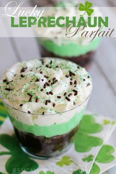 Lucky Leprechaun Parfait - 17 Coolest St. Patrick's Day Treats | GleamItUp
