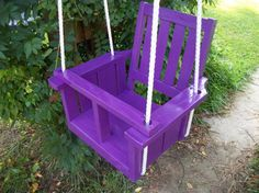 Child's solid wood painted porch swing -- duke could totally make this. Pallet Crafts, Pallet Projects, Wood Crafts, Diy Projects, Purple Outdoor Furniture, Outdoor Chairs, Outdoor Decor, Hammock Swing, Porch Swing