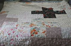 Crossed Up Comforter Quilt (by all buttoned up)