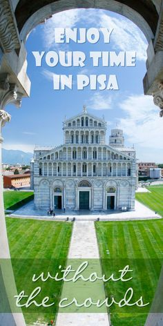 Is Pisa over crowded and invaded by selfie-stick madness? Yes and Yes! Should you avoid Pisa? NO! People visit Pisa in Italy for a good reasons: it's unique, it has historical significance and it's just drop dead gorgeous! I went to Pisa and was able to see it and enjoy it. Do you want to visit Pisa without the crowds? Read along as I share my valuable tips on how to enjoy Pisa without the crowds!