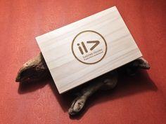 Wood Box laser engrave for Discs, Prints & Pendrives. Cajas de madera grabadas a laser para Fotografías, DVd´s y pendrives. #cajafotos #cajamadera #cajalaser #cajapendrive #cajausb #cajadvd