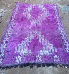 Vintage purple wool moroccan Boujaad tribal rug 288 x