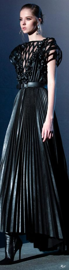 Elie Saab Couture, Ellie Saab, Back To Black, Beautiful Gowns, Fashion Sketches, Formal Wear, What To Wear, Ready To Wear, Fashion Design