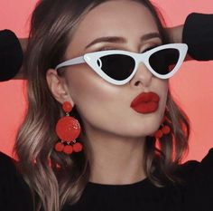 white sunglasses women shades famous brand luxury 2018 new trendy sunglasses small cat eye glasses red black points sexy Round Lens Sunglasses, Cute Sunglasses, Summer Sunglasses, Sunglasses Women, Trending Sunglasses, Sunnies, Sunglasses Accessories, Mirrored Sunglasses, Fake Glasses