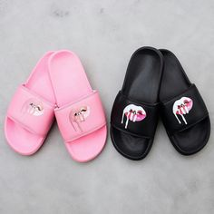 Kylie Lips Slides *available in pink & white* | The Kylie Jenner Shop