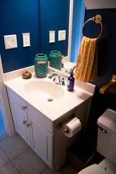 Hometalk :: Remodeling a Small Bathroom